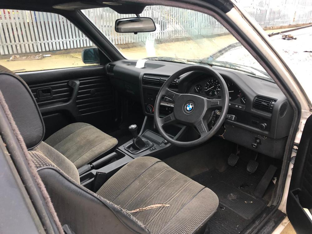 Barn Finds Spare Or Repairs On Twitter Ad For Ebay Bmw 316 Cabrio