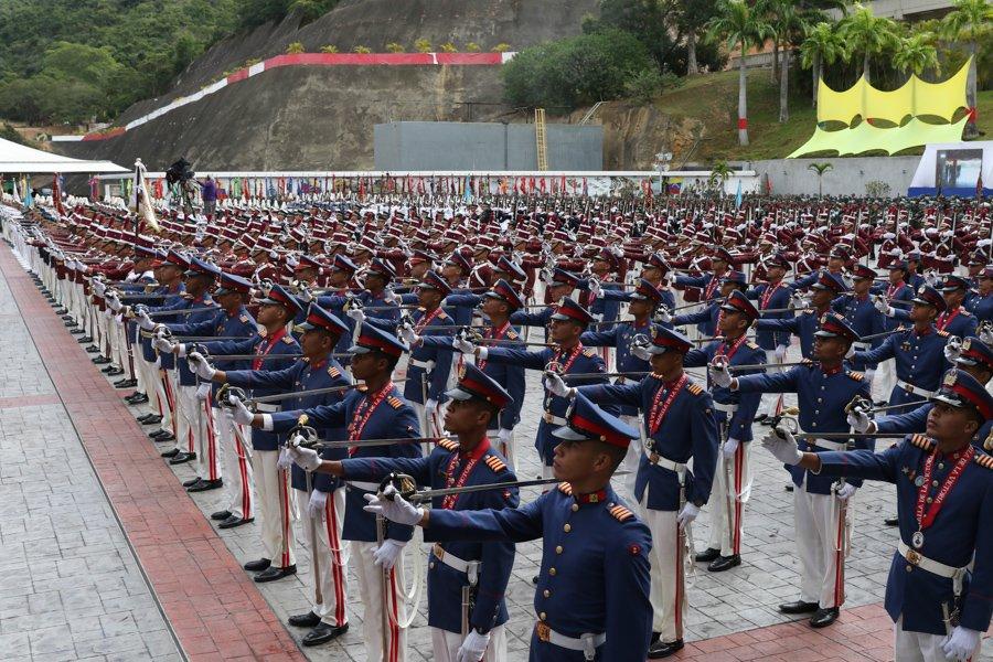 Esequibo - Venezuela un estado fallido ? - Página 12 DvhcNmvXgAEdmFh