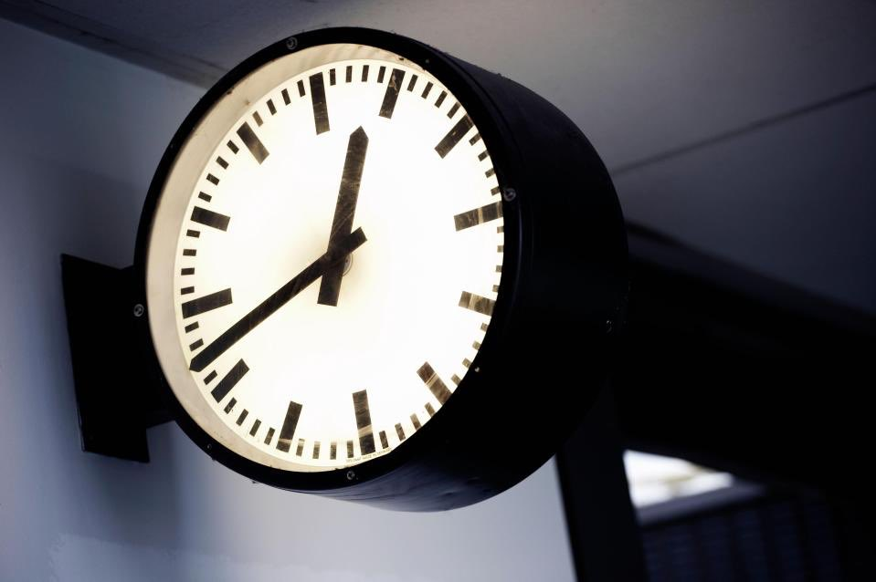 4c578fd57cb40 ... that all European countries should stay on a single time zone all year  round. Britain is likely to follow suit. About TIME. dgpic.twitter.com  tMvXsmwMhy