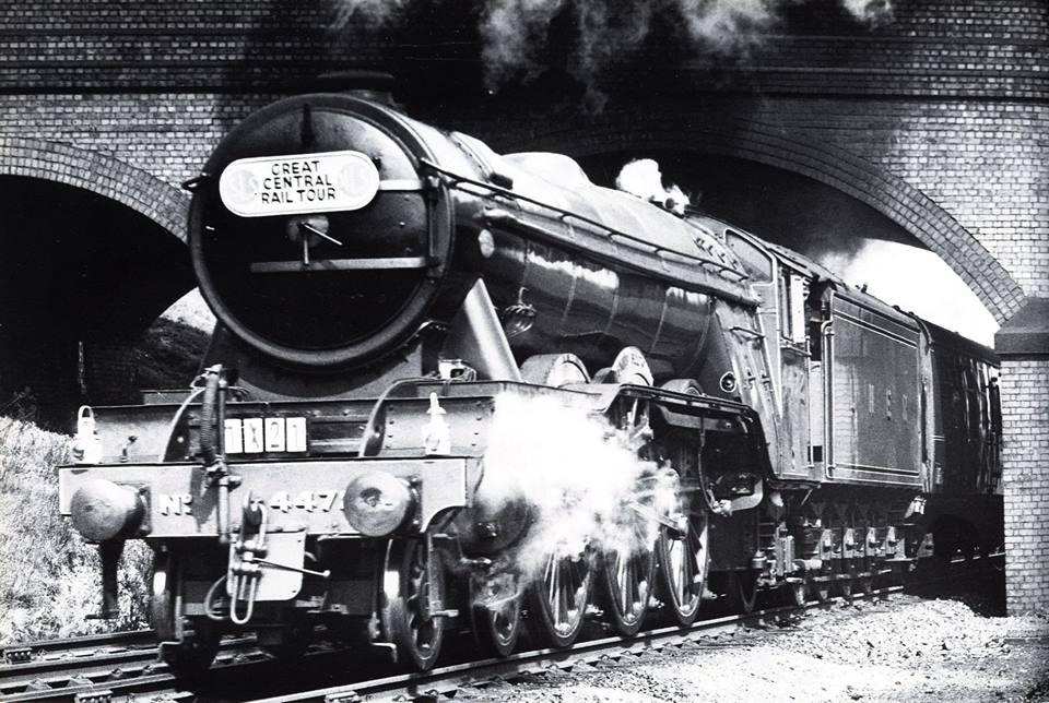 DviGJBvWsAAx7x2 - Marylebone station's anniversary