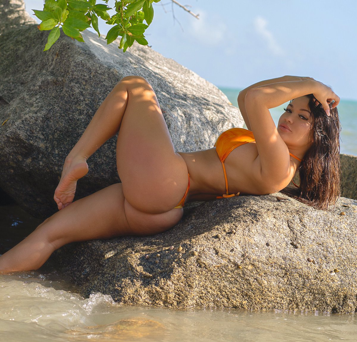 Sexy Bikini Genesis Lopez  naked (38 foto), YouTube, see through