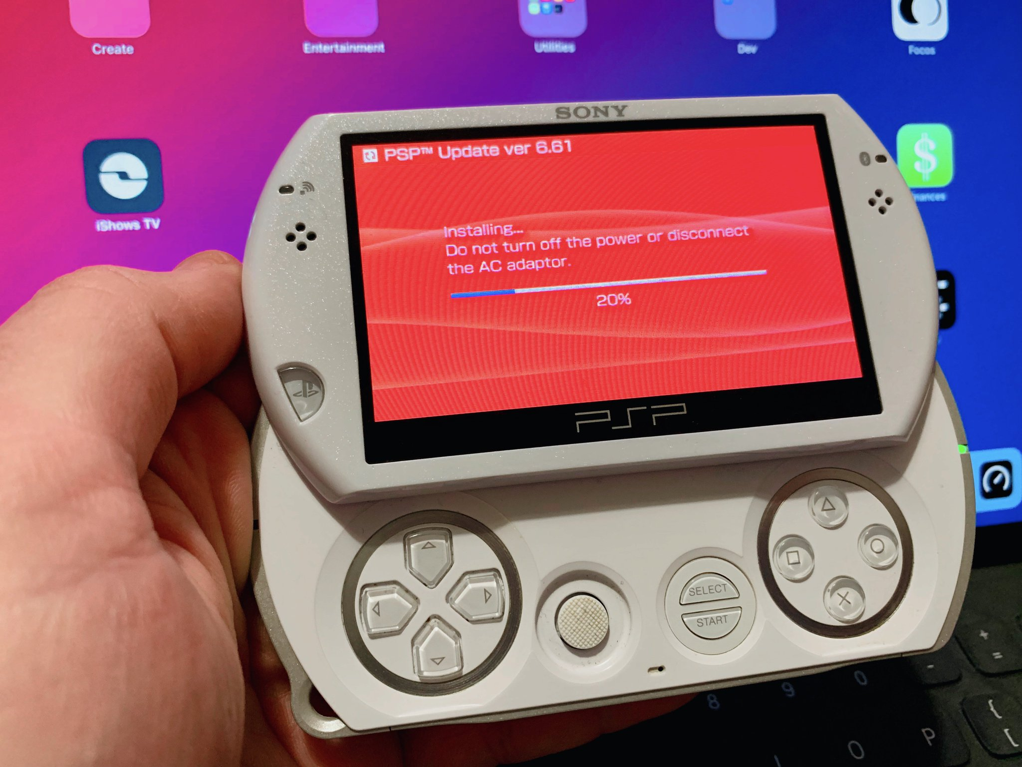 Sony vaio vgx-tp20e media center pc reviewed.