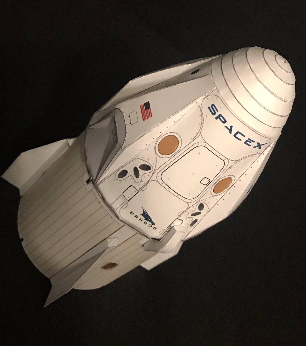 dragon spacecraft models - HD1063×1200