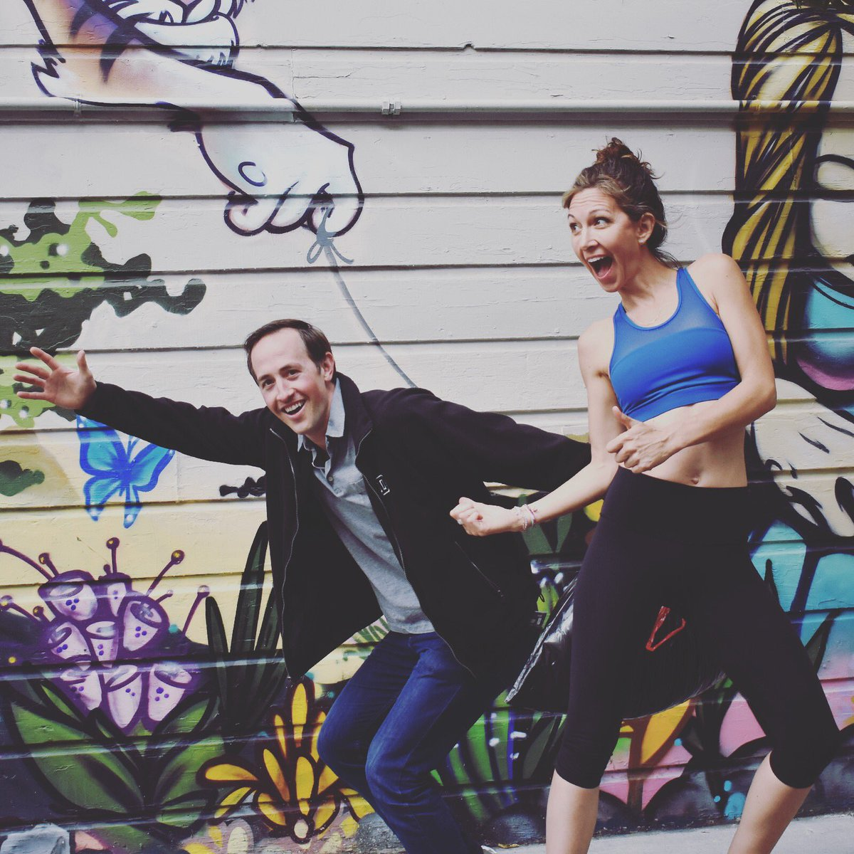 To our newest Burn fan, thanks for the awesome photo bomb in #HayesValley!   What's the best #PhotoBomb you've captured?   #StrongEveryday #BeABurner #PilatesFit #SFfitness #UpperBodyWorkout #cardiohiit #pilatesstudio #resistancebandsworkoutpic.twitter.com/J5GK5CyA2L