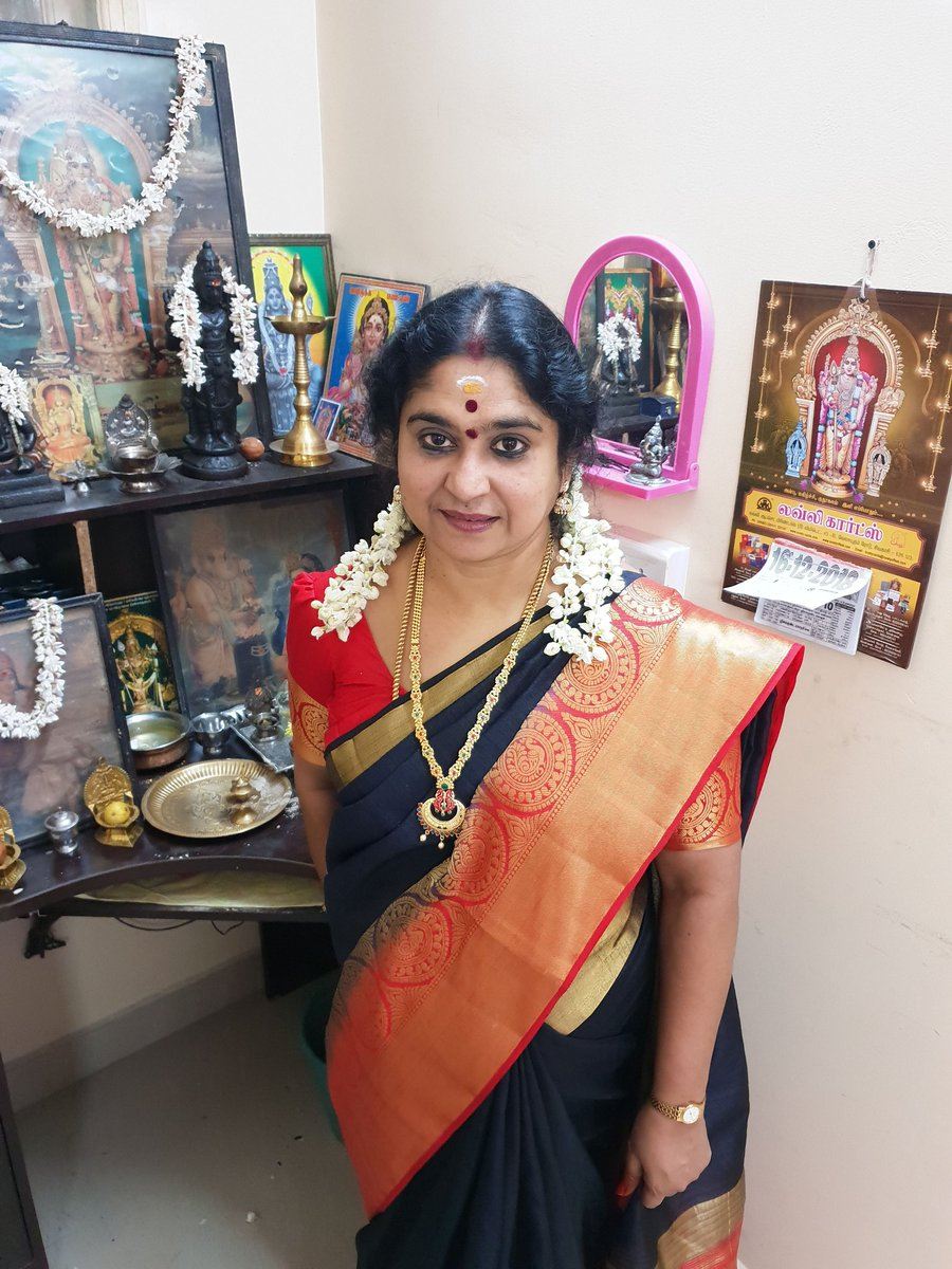 Neeya Naana 25 - Artstage