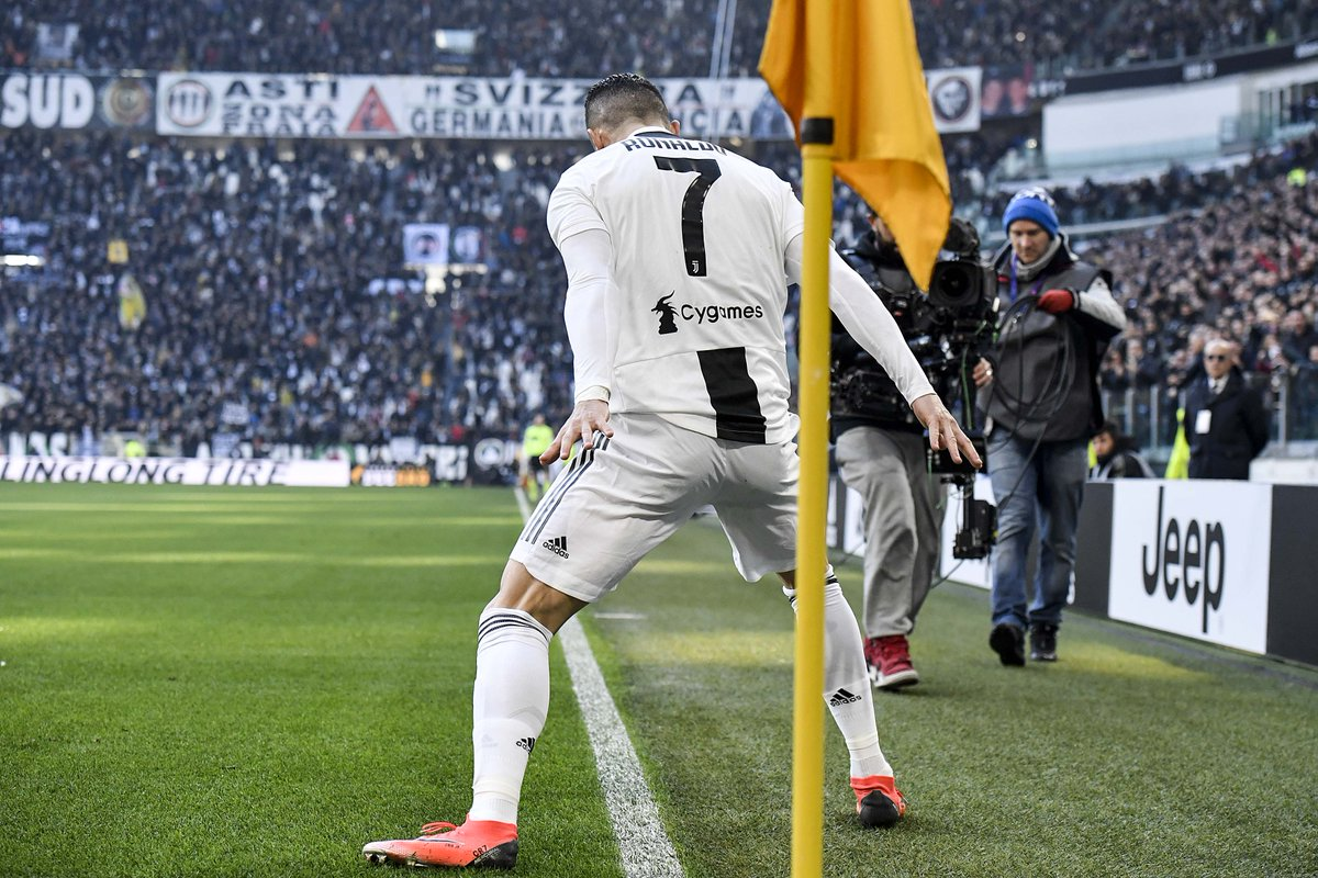 DvlPxFlWsAA74qg - Cristiano Ronaldo To The Rescue For Juventus Despite Late VAR Drama