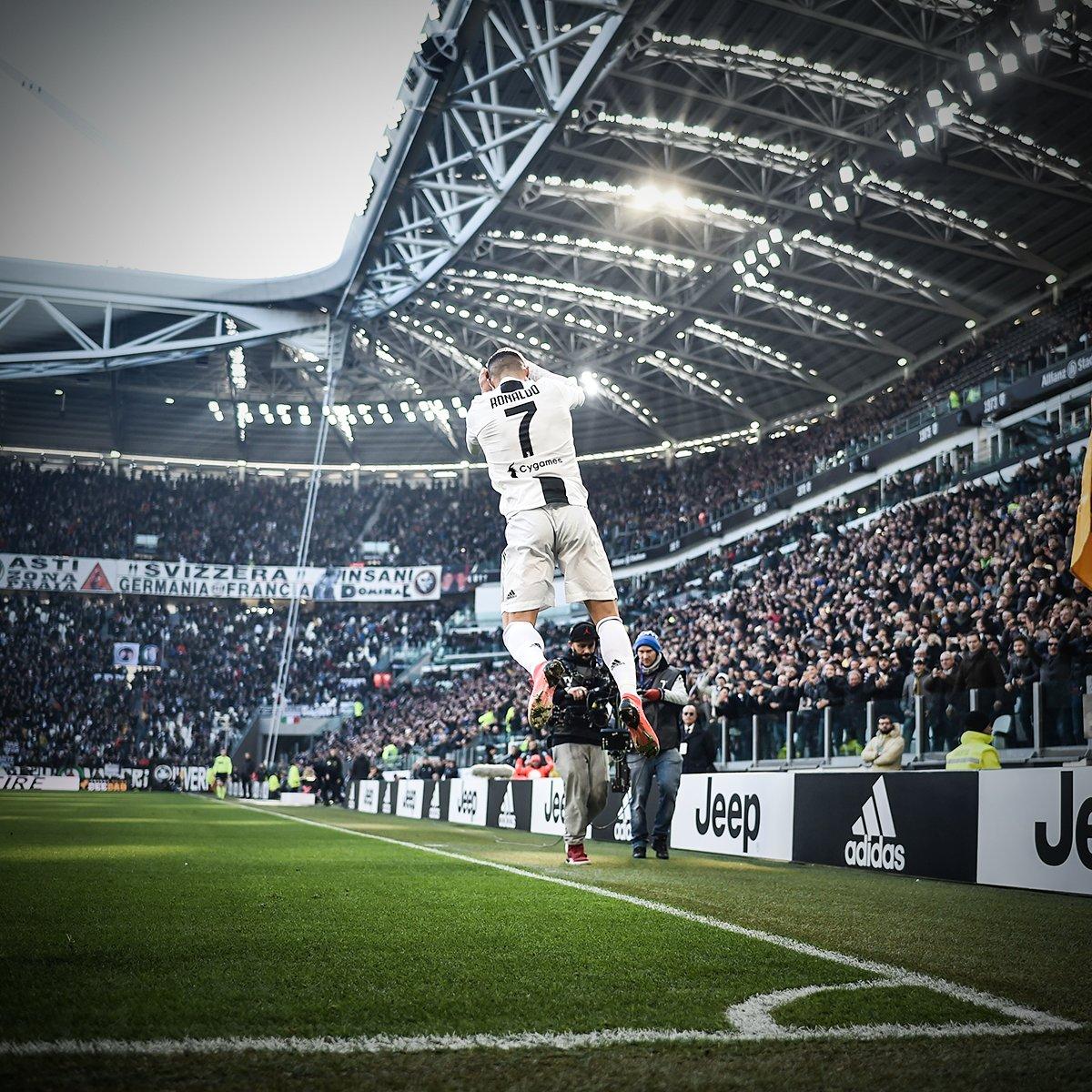 Iconic. 📸
