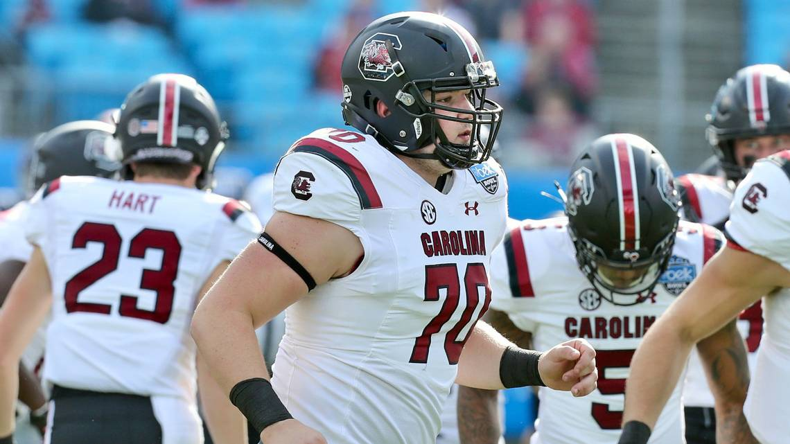 How many true freshmen started the Belk Bowl for South Carolina? dlvr.it/Qvbl59