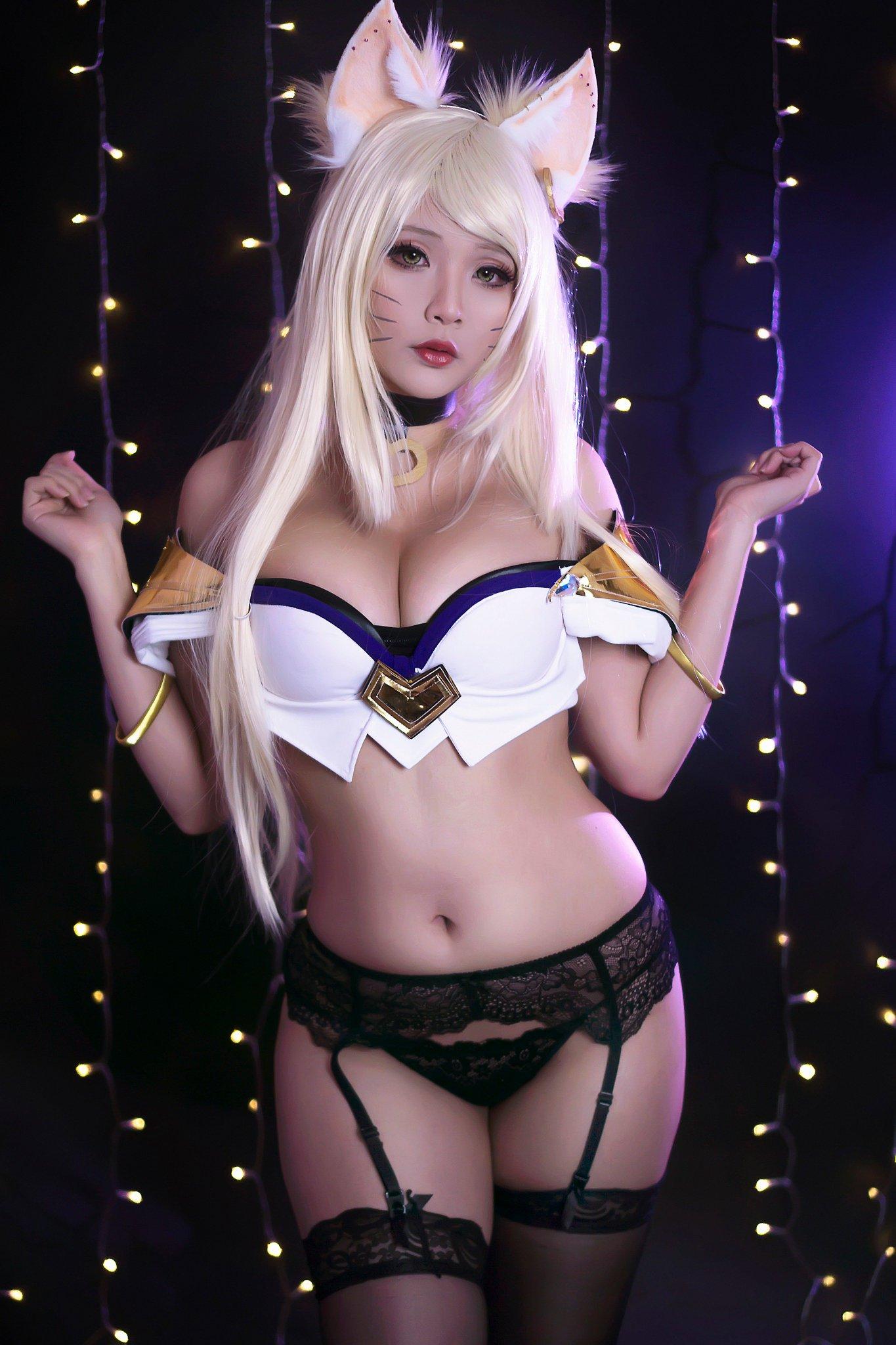 Hana Bunny Naked