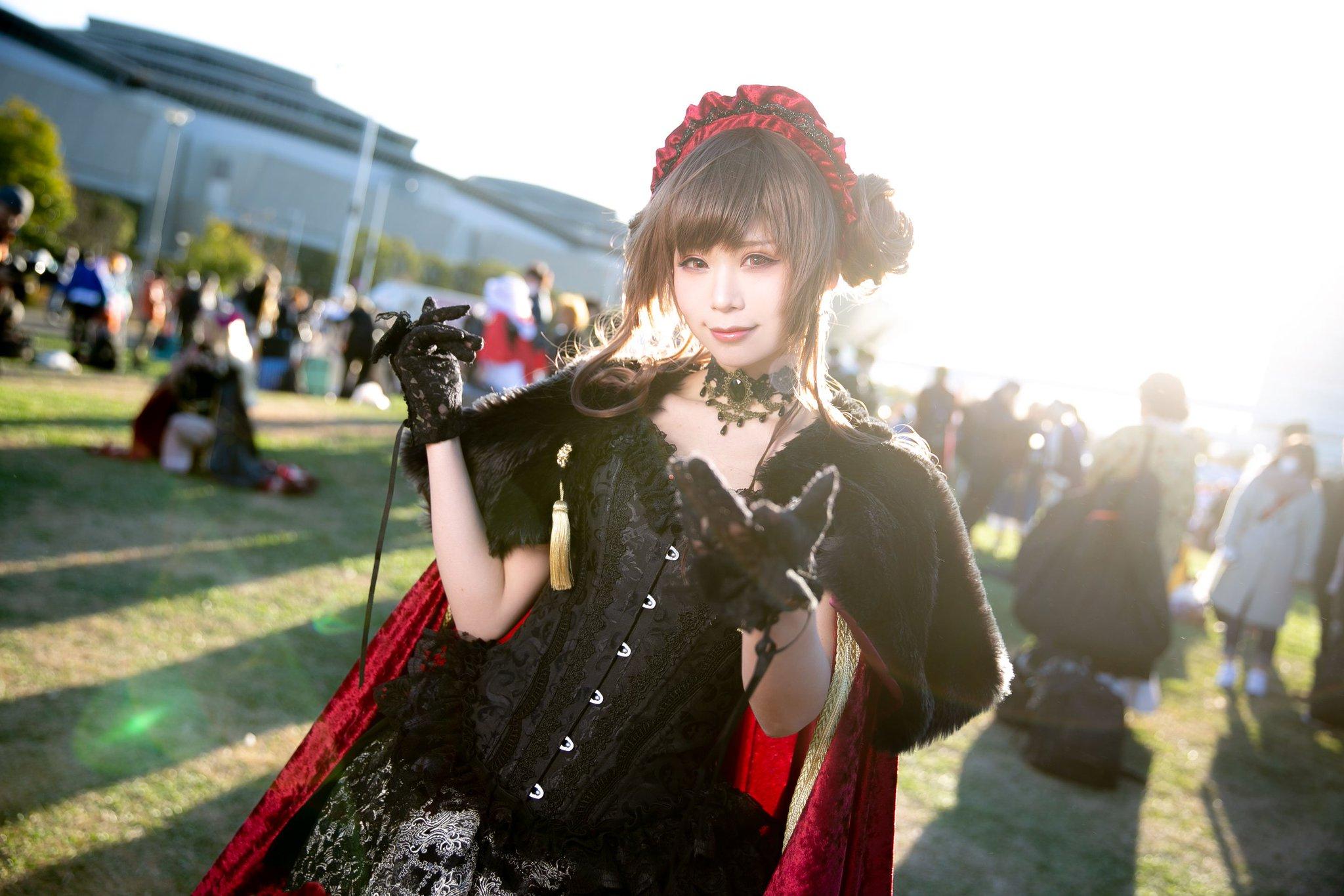 画像,企業ブース(KATE)五木あきらさん(@itsuki_akira)寒い中お写真撮らせていただき、ありがとうございました!!またよろしくお願いいたします。#C95…