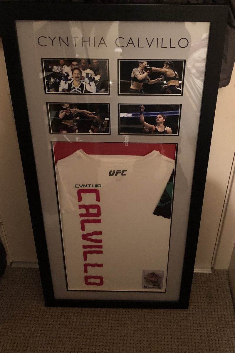 Second framing done. My @cyn_calvillo memorabilia. I like how it turned out 👌