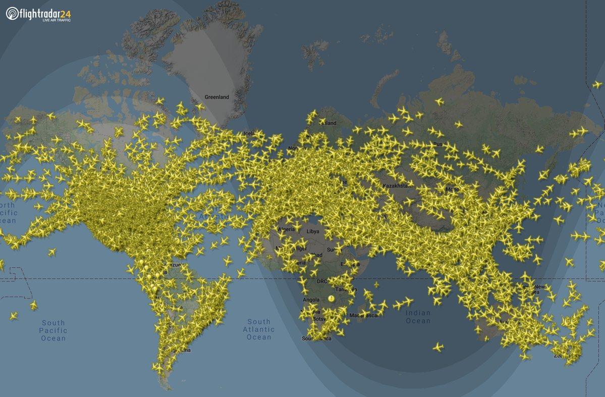 Ahora Mismo Hay Más De 14 000 Aviones Volando En Todo El Mundo Una Web Para Perderse En El Mundo Del Transporte El Orden Mundial E Scoopnest