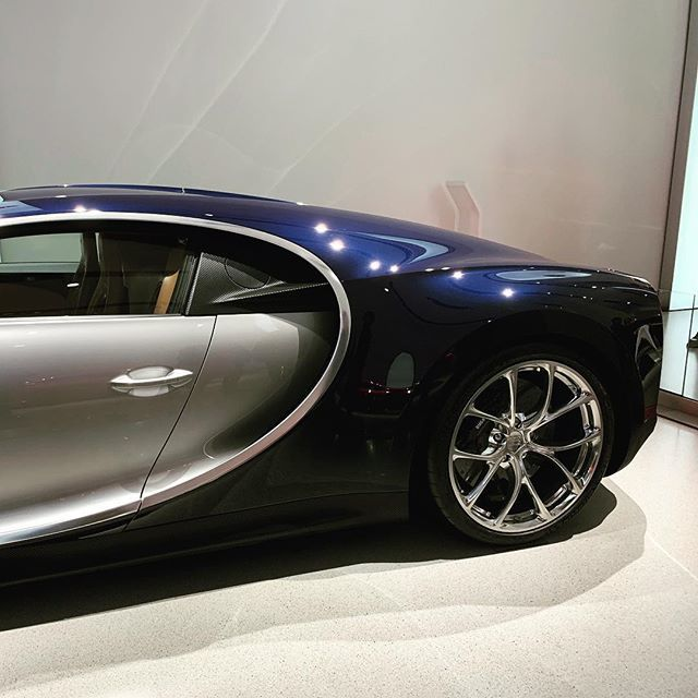 😍@bugatti . . . #RealEstate #blockchain #bitcoin #tokenization #tokens #realestatetokenization #aassio #international #basedinberlin #berlin #china #asia #hongkong #lifestyle #startup #business #cryptocurrency #crypto #cryptowährung #lamborghini #uru…