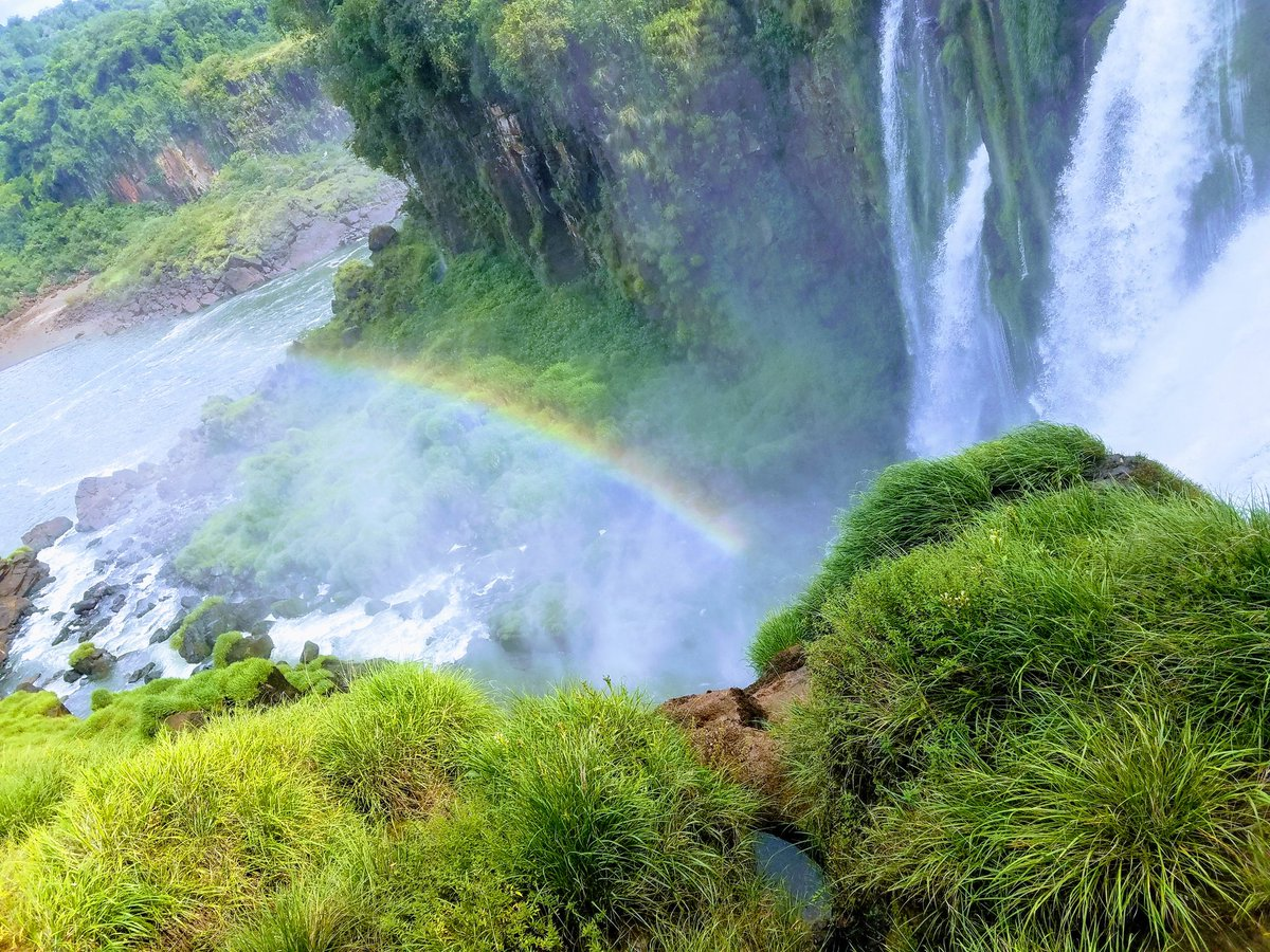 Yes, it was as beautiful and breathtaking as it looks. Garganta de Diablo.  #Argentina #Cataratas