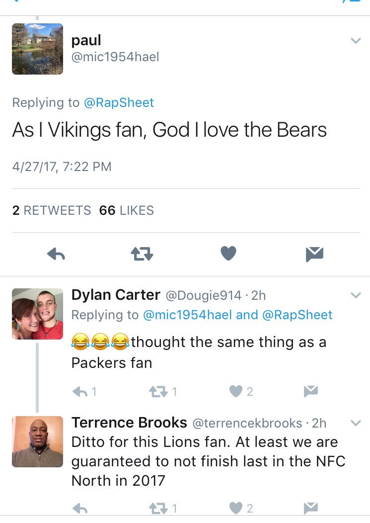 Remember all the Vikings, Lions, and Packer fans talking smack after the Bears drafted Mitch Trubisky?  I know I do.   🙌🏻 #BearDown