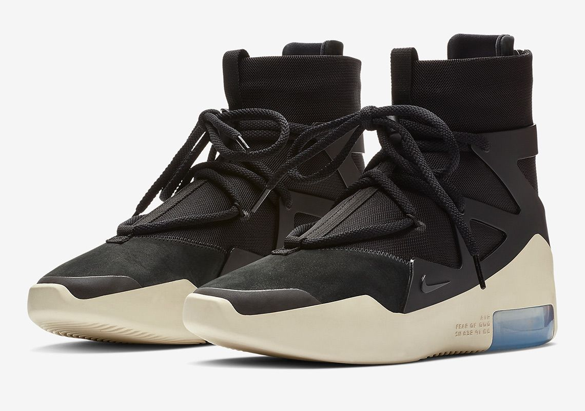 10c124ed17 Sneaker News on Twitter:
