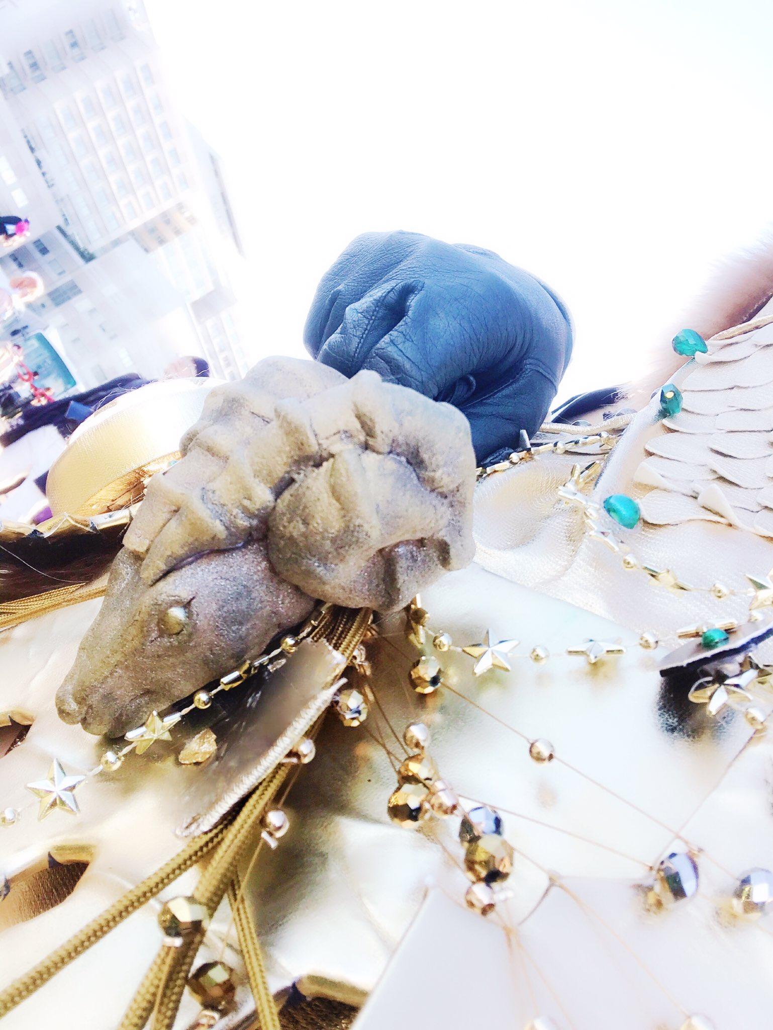 画像,平成最後のコミケに頑張った記念に全身供養 マムタロトのマムガイラ装備かわいくて大好きですモンハン楽しいMHWありがとう🙏✨(3枚目の子かわいく出来た☺️)#c9…