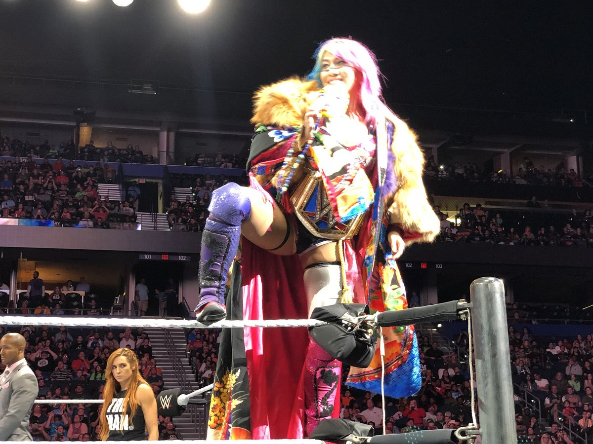 "Love this shot of @WWEAsuka with @BeckyLynchWWE in the background like ""Soon"" #TheMan #WWETampa"