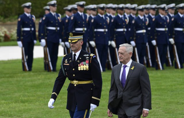 Outgoing defense secretary urges employees to 'hold fast' #SecDef https://t.co/TYpgmdtFhu