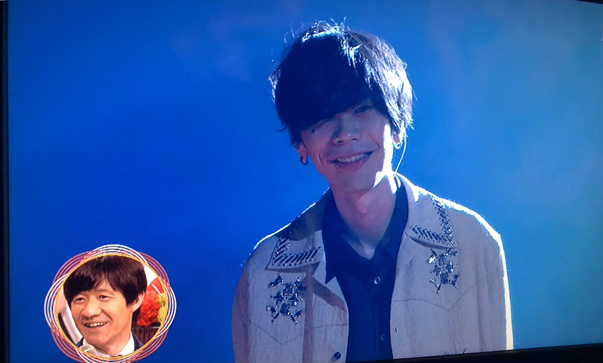 【画像】紅白の米津玄師の笑顔が可愛すぎwww www www