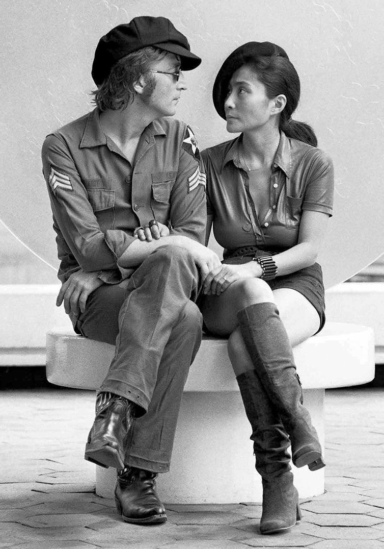 'Imagine all the people living life in peace' Happy New Year! Peace and love from John & Yoko