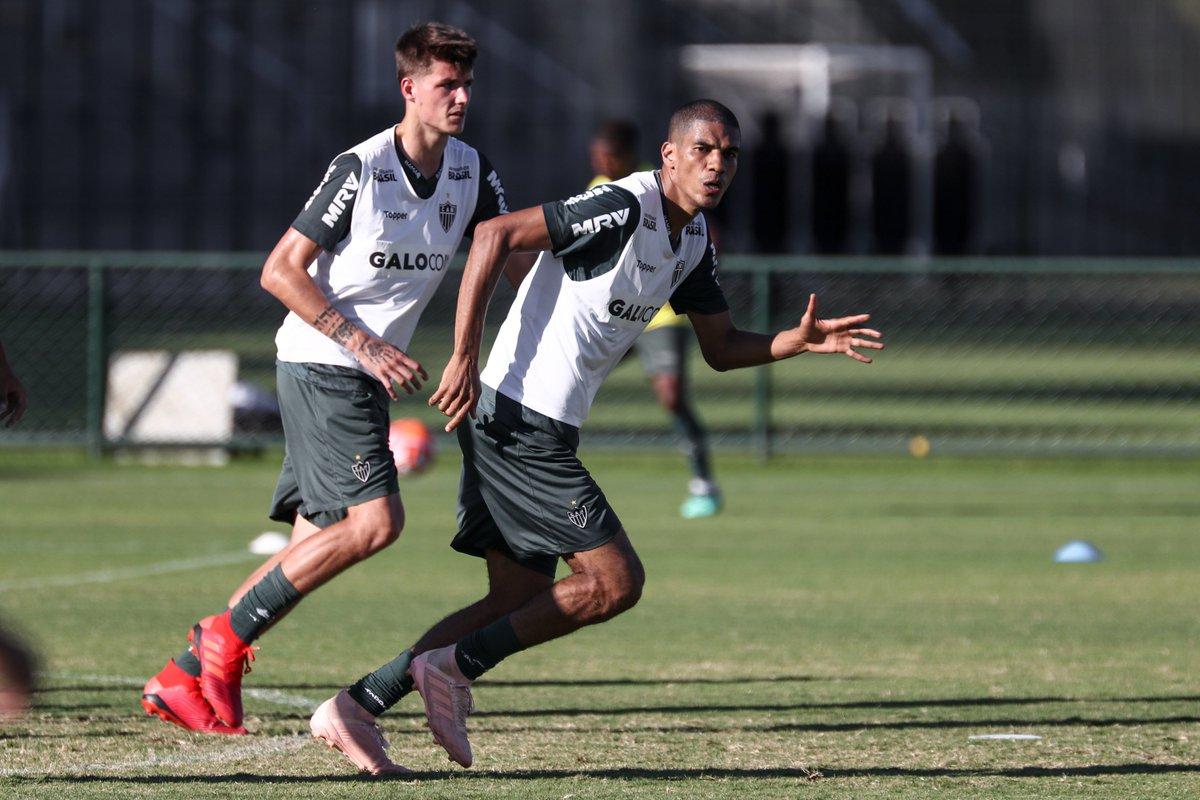 Recuperado, Leonardo Silva é novidade em treino do Galo https://t.co/uxc2eC8Ljo