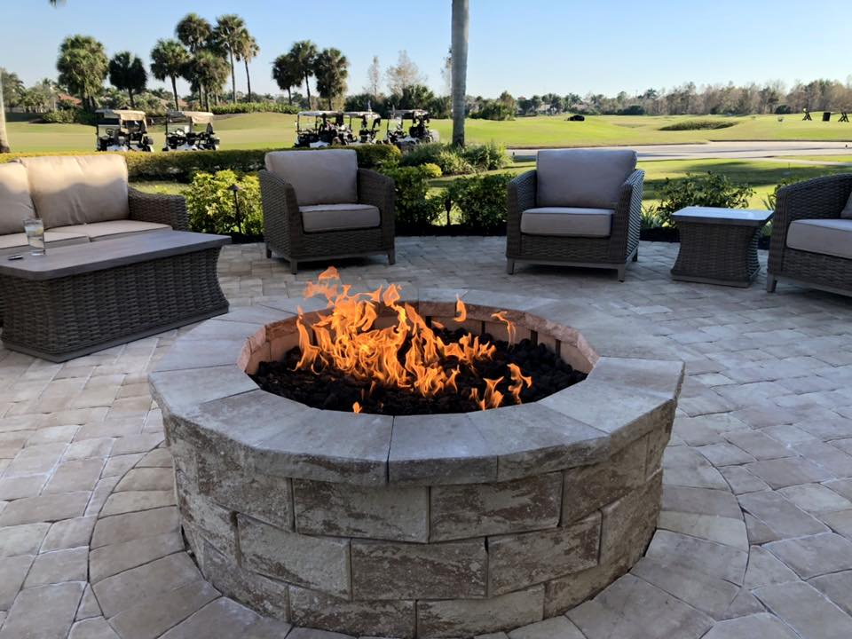The #FirePit is now  lit! Come get warm and cozy on our new furniture at the #Turnhouse for #HappyHour tonight! #RenClub #golfcommunity #Awesome<br>http://pic.twitter.com/98GpwP7dqX