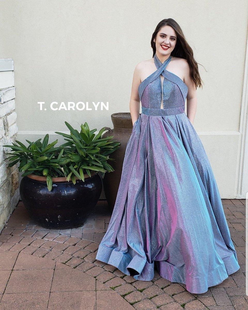 943780be79b ... Green Multi Love this gown  https   www.tcarolyn.com p16061499 colors- dress-2094.html …  prom  prom2k19  promdress  colorsdress  militaryball   plussize ...