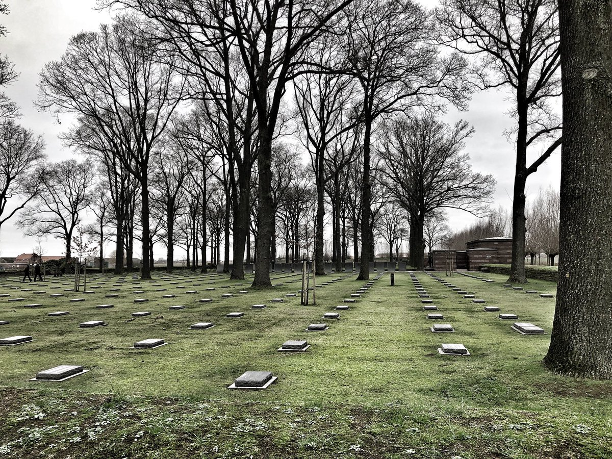 Today the German soldiers recovered @DigHill80 were handed over to the @Volksbund at Langemark where they will wait for their reburial on 11 October (2pm CET).  #FWW #Archaeology #history<br>http://pic.twitter.com/Z8tuHXjcye