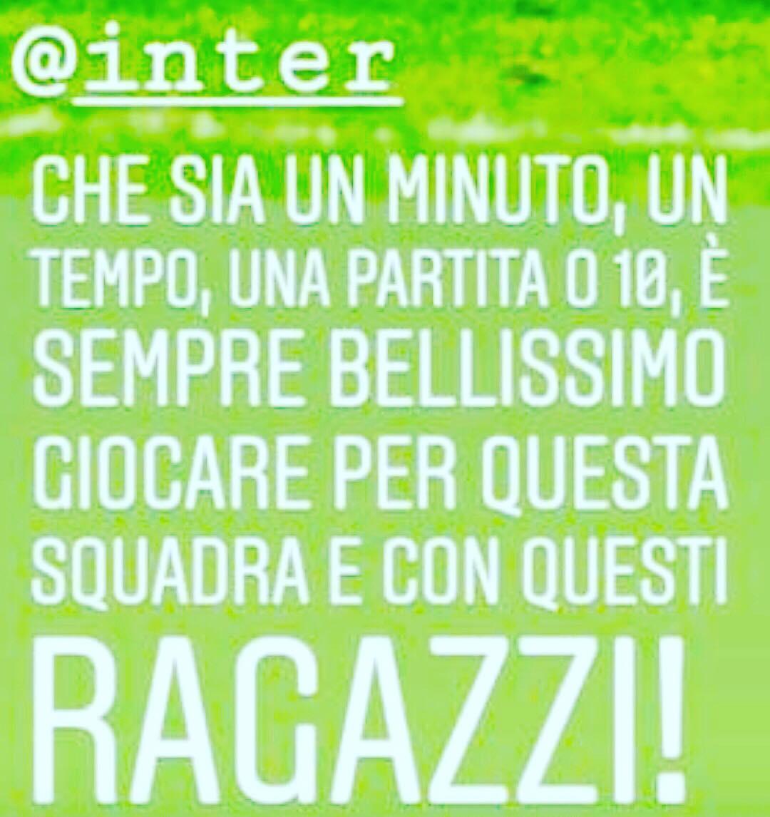 """#Spalletti, applausi per #Ranocchia e la sua frase al termine di #InterBenevento: """"Questo è un messaggio di chi si chiede costantemente cosa può fare lui per l'Inter e non cosa deve fare l'Inter per lui"""" ⚫️🔵"""