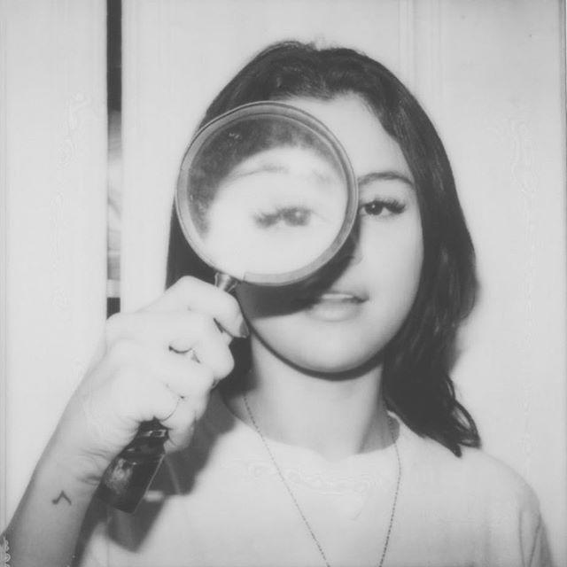 I spy with my little eye 👁 @selenagomez