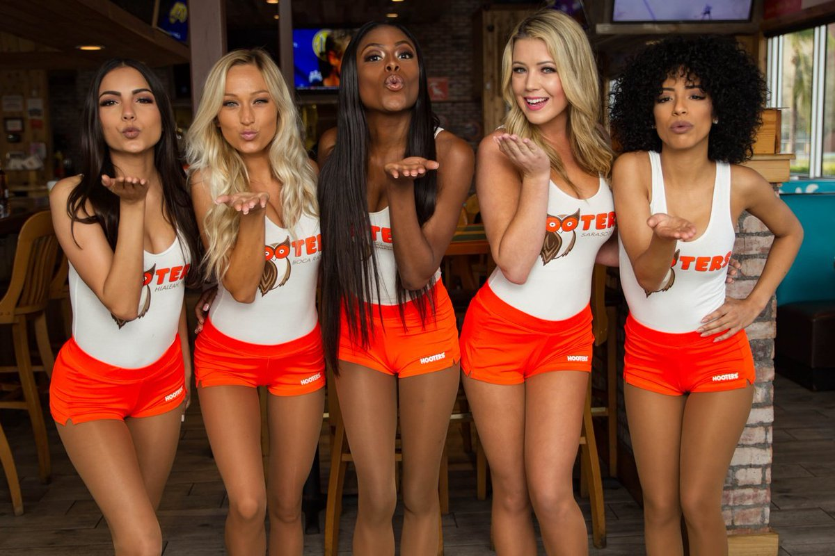 Sexy hooters girls youtube