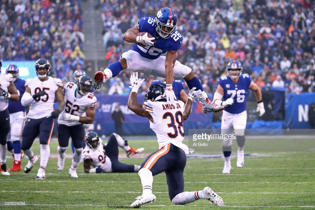 The #NYGiants have 3 players honored by @PFWAwriters:   • RB Saquon Barkley -- Offensive Rookie Of Year &amp; All-Rookie Team • OG Will Hernandez -- All-Rookie Team • PK Aldrick Rosas -- All-NFC Team  Congratulations #26, #71, &amp; #2! #GiantsPride<br>http://pic.twitter.com/gdNSrbILsh