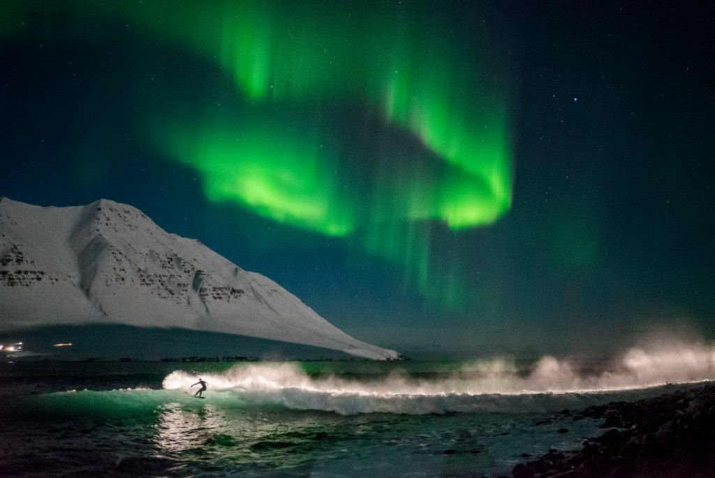 An interview with adventure photographer Chris Burkard https://t.co/7ZYShWHqhS #iceland #travel #surfphotography