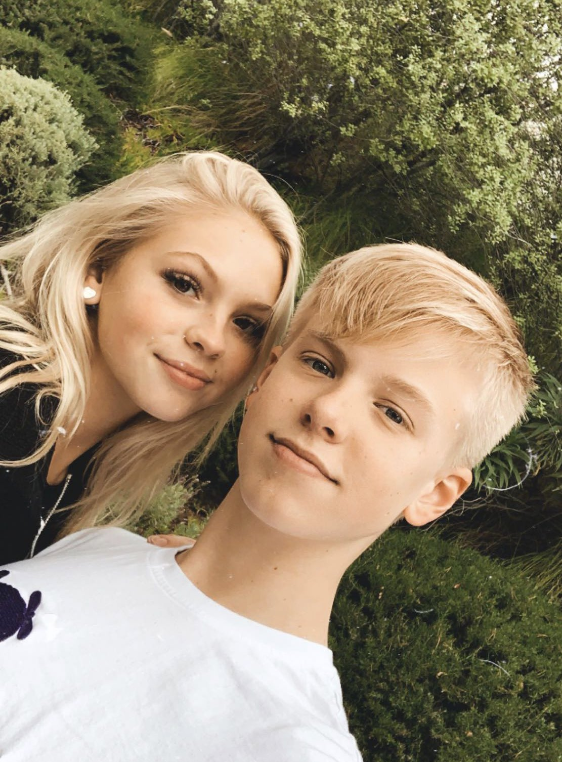 Girlfriend carson who is lueders How old