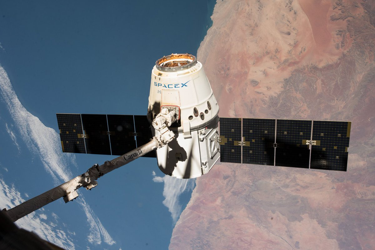 Live now on @NASA TV (without commentary), watch the release of the @SpaceX #Dragon cargo craft from the space station targeted for 6:30pm ET... https://www.nasa.gov/nasatv