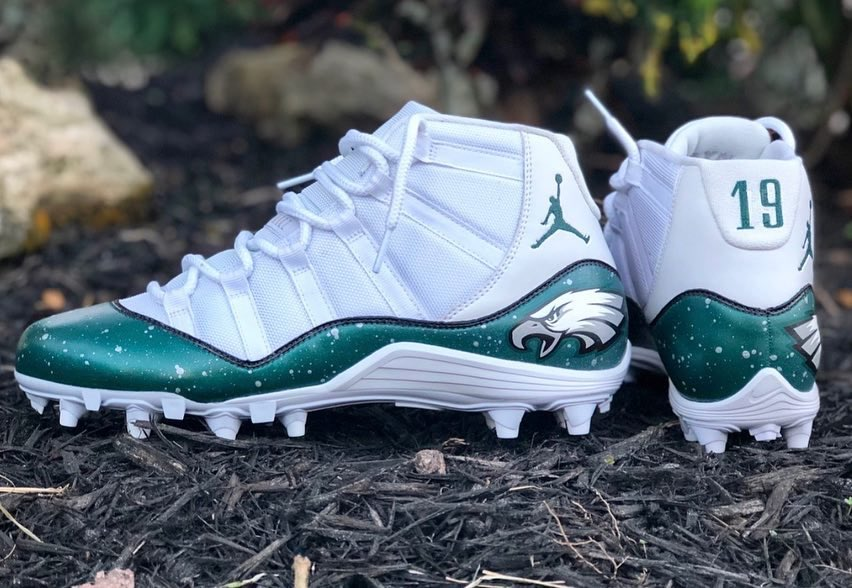 12985c59a89 is ready for todays divisional playoff game with these eagles air jordan 11  cleats by