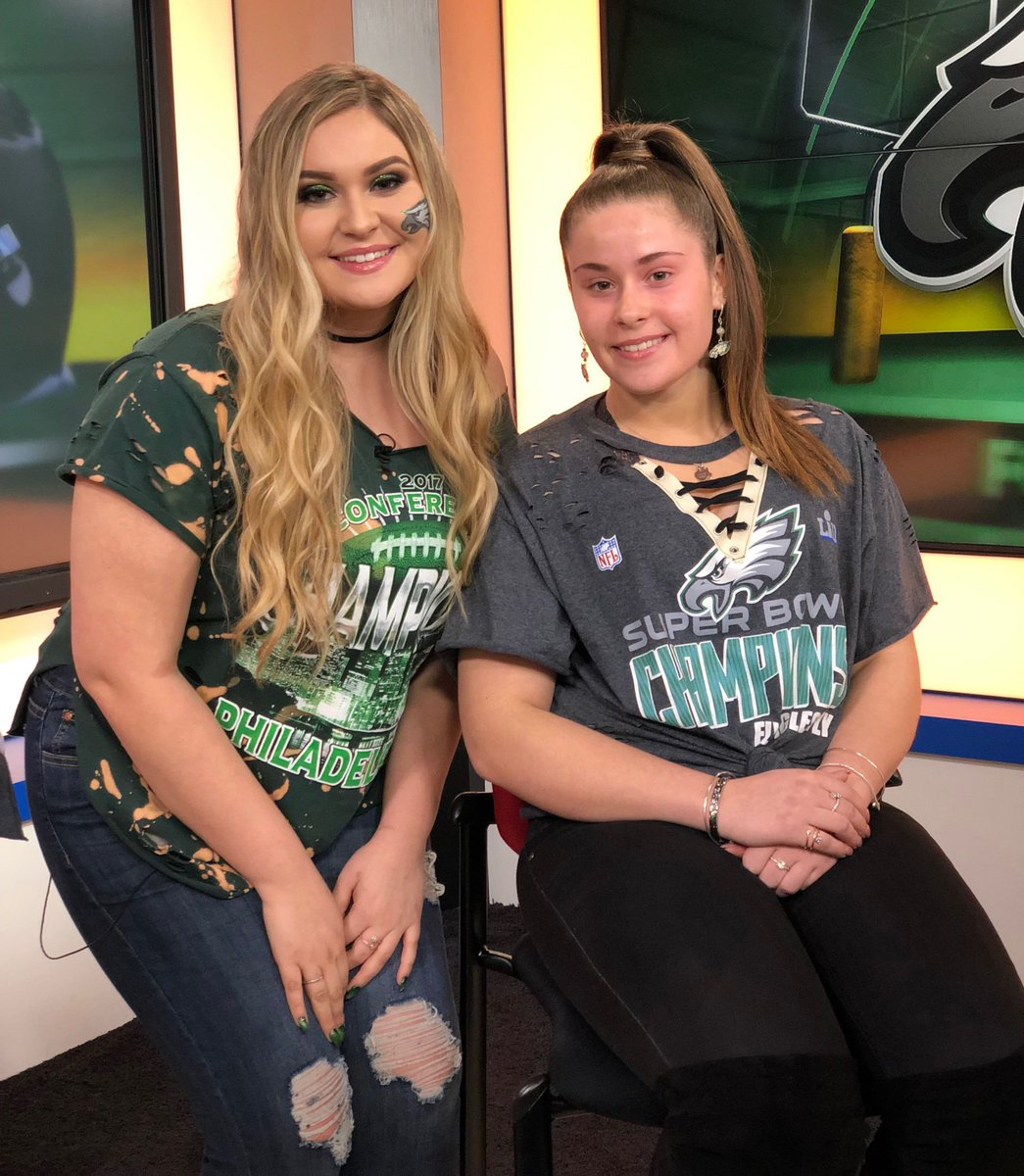 Epic Eagles makeup transformation coming up!  #FOX29GoodDay <br>http://pic.twitter.com/E39Xcdyu2w