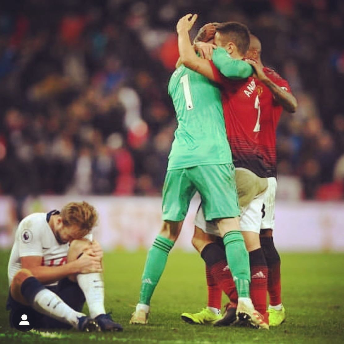 No words @D_DeGea  What an attitude from the whole SQUAD! 🔴 @ManUtd
