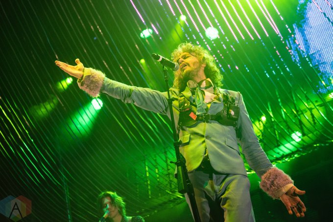 Happy birthday to Wayne Coyne of The Flaming Lips!