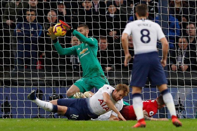 👐 @D_DeGea most saves in a #PL match 14 - Arsenal (2017/18) 11 - Spurs (2018/19) 9 - Spurs (2011/12) #TOTMUN Foto