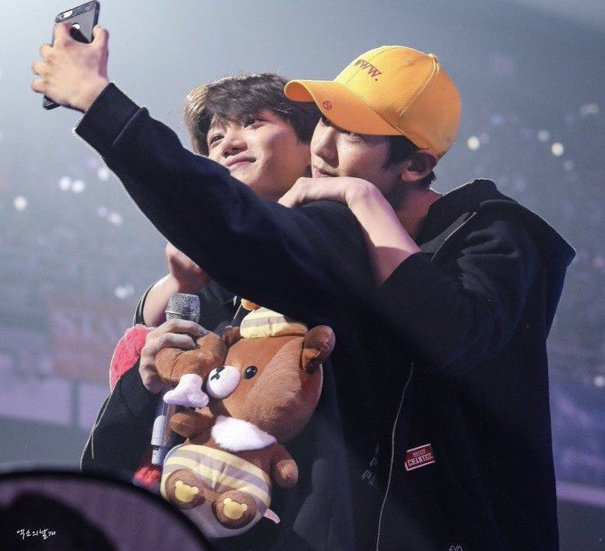 Is Nini's birthday!! he's such a cute baby bear I hope he had an amazing day full of love. He became such a wonderful talented man I hope people finally recognize how talented he really is. Idk what else to say but I love him so much ❤️💞 #HappyJonginDay #HappyBearDayKai Photo