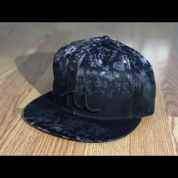 3132dff7da2 Check out all the items I m loving on  Poshmarkapp  poshmark  fashion   style  shopmycloset  in4mation  katespade  https   bnc.lt focc OGqh5tXfBP  ...