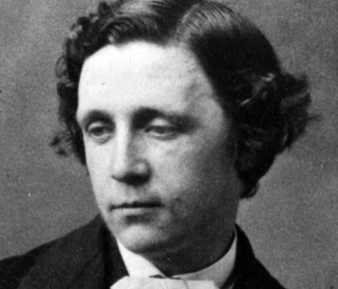 El 14 de enero de 1898 fallece el escritor británico Lewis Carroll. Autor de Alicia en el país de las maravillas. Foto