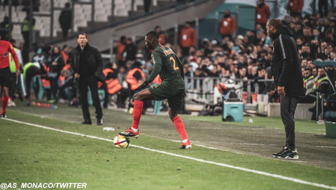 El Monaco se hunde en la Ligue1, igualó 1-1 ante el Olympique de Marsella y sigue en zona de descenso (Video) Dw0qKPaWoAE3hXe
