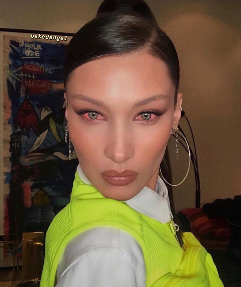 me serving face in the mirror after crying for three hours straight