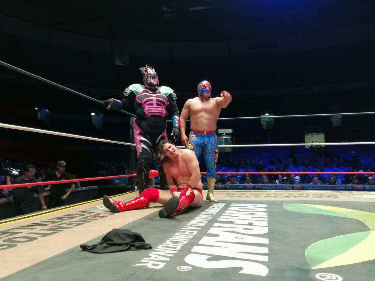 CMLL: Stuka Jr. defiende su cinturón en gran lucha 6