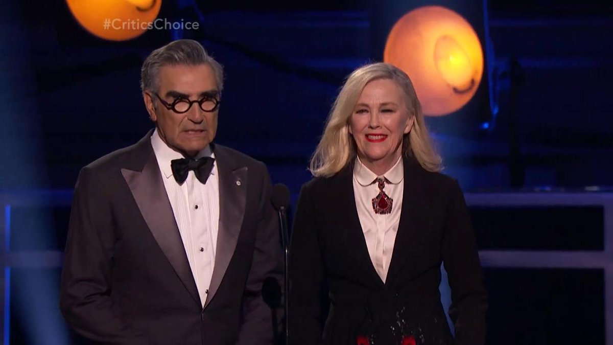 #SchittsCreek stars Eugene Levy and Catherine O'Hara make their case for best presenters while handing out the award for best actor in a limited series #CriticsChoice