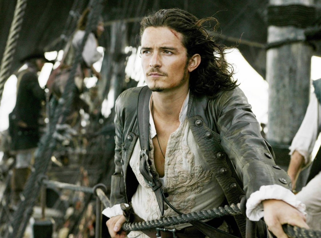 It\s Orlando Bloom\s birthday today! Happy Birthday to our favorite pirate of the Caribbean! :Bustle