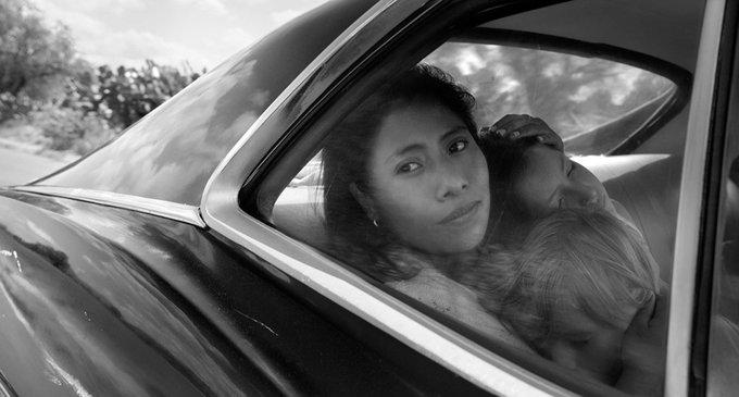 LÁ VEM OSCAR?! Alfonso Cuarón ganha o prêmio de melhor diretor por ROMA no #CriticsChoiceAwards Foto